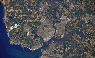 Le Morbihan et la rade de Lorient vus depuis la station spatiale internationale.