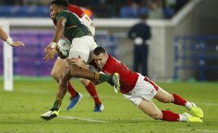Les Pays de Galles tentent de recoller au score, contre l'Afrique du Sud, en demi-finales, le 27 octobre 2019.