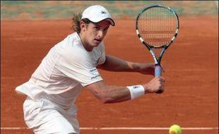 S'il se débarrasse de son copain, Nadal pourrait affronter en demi-finale son pendant russe, Igor Andreev. Avec son énorme coup droit façonné en Espagne, du côté de Valence, soit à quelques encablures des Baléares, le Moscovite s'est qualifié pour son premier quart de finale de Grand Chelem en battant le Chypriote Marcos Baghdatis en quatre sets 2-6, 6-1, 6-3, 6-4.