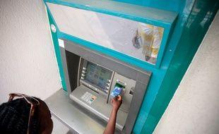 Les banques assurent qu'il n'y aura pas de pénurie de billets au distributeur