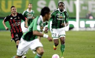 Albin Ebondo sous le maillot de l'ASSE face à Nice en Ligue 1, le 31 mars 2012 à Saint-Etienne.