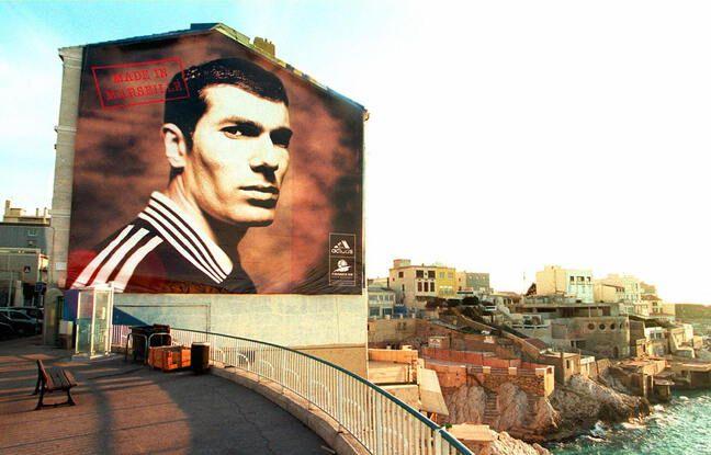 Le portrait de Zidane affiché dans le centre-ville de Marseille