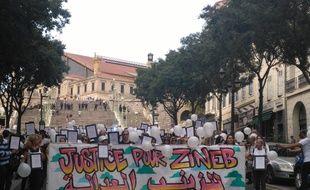 Neuf mois après la mort de Zineb Redouane, en marge d'une manifestation gilets jaunes, une marche silencieuse a eu lieu à Marseille et d'autres villes de France.