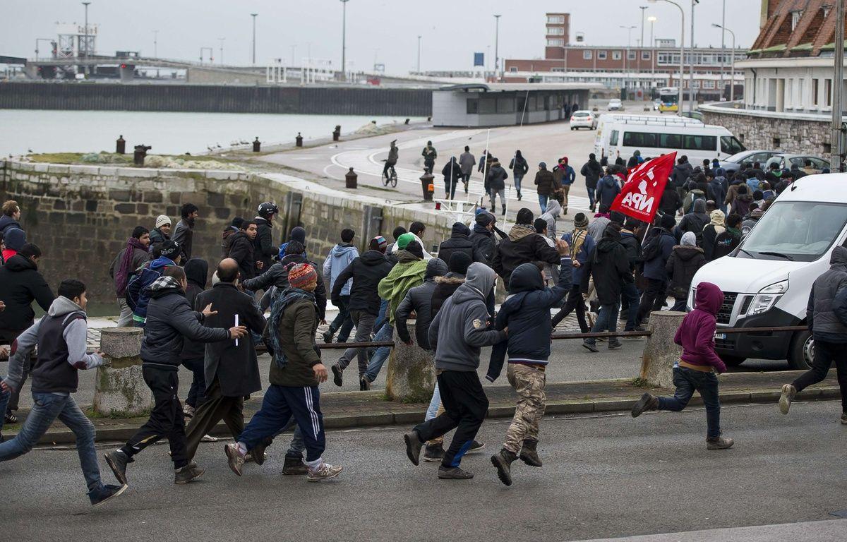 La fin du cortège du 23 janvier 2016 à Calais – SIPA