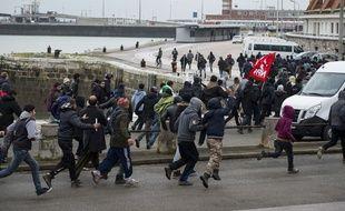 La fin du cortège du 23 janvier 2016 à Calais