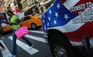 La croissance économique des Etats-Unis a marqué le pasau 3e trimestre, alourdie par l'accumulation des stocks mais soutenue par l'appétit des consommateurs