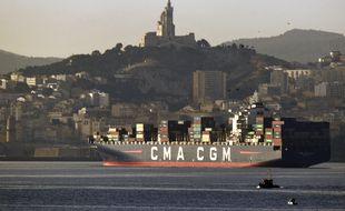 Un bateau de la CMA-CGM arrive à Marseille