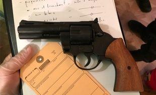 Le peloton de surveillance et d'intervention de la gendarmerie des Hautes-Pyrénées a trouvé chez l'homme un pistolet.