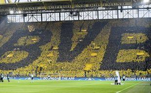 Le tifo des supporters de Dortmund lors du match contre Monaco, le 12 avril 2017.