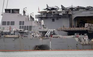 Les plongeurs qui recherchent les dix marins américains portés disparus dans la collision entre un destroyer de l'US Navy et un pétrolier le 21 août au large de Singapour ont retrouvé des restes humains.