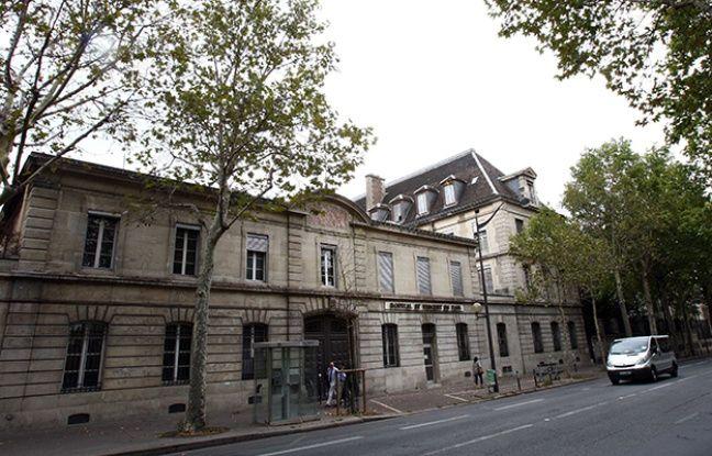 L'hôpital Saint-Vincent de Paul doit laisser la place à un éco-quartier.