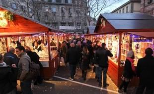 Les chalets seront toujours aussi nombreux au marché de Noël de Strasbourg en 2017 mais, toujours centré sur la Grande Ile, l'événement historique va gagner de nouvelles places. Illustration