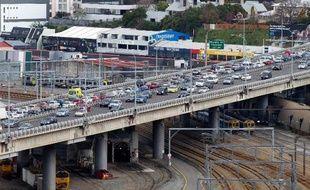 Un puissant séisme s'est produit vendredi en Nouvelle-Zélande, près de la capitale Wellington, une secousse ressentie dans une grande partie du pays, mais qui n'a pas fait de victimes ni causé de gros dégâts selon un premier bilan.