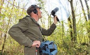 Boris Jollivet est audionaturaliste. Son job? Capter et restituer les sons de la nature.