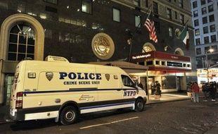 La police de New York poursuivait mercredi son enquête sur les circonstances de la mort du directeur de la prestigieuse école parisienne Sciences Po Richard Descoings, dont le corps a été autopsié dans la matinée