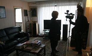 Michèle Blumenthal a offert une visite guidée de son appartement aux journalistes.