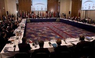 Une réunion du G20 à Sao Paulo a entrouvert la porte dimanche à un élargissement du club des économies dirigeantes pour mieux lutter contre l'aggravation de la crise économique.