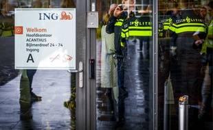 Un courrier piégé a explosé jeudi au siège de la banque ING à Amsterdam.