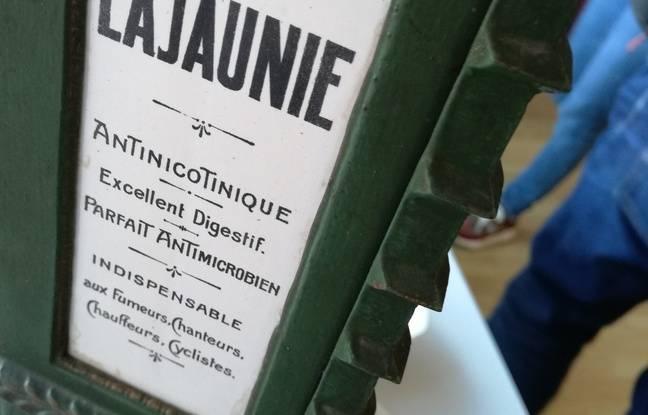 Sur la nouvelle ligne de production de la marque de bonbons Cachou Lajaunie, inaugurée le 15 février à Toulouse.