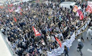 Manifestation de jeunes à Bordeaux contre la loi Travail, le 17 mars 2016