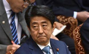 Le premier ministre japonais Shinzo Abe à la Chambre des conseillers, le 13 mai 2016 à Tokyo
