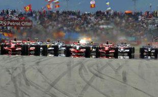 Départ du Grand Prix de Formule 1 d'Istanbul, Turquie, le 11 mai 2008.