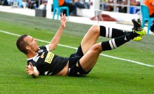 Angers' defender Romain Thomas reacts after scoring against Marseille, during the League One soccer match between Marseille and Angers, at the Velodrome Stadium, in Marseille, southern France, Sunday, Sept. 27, 2015. (AP Photo/Claude Paris)/MAR114/574586819100/1509271559