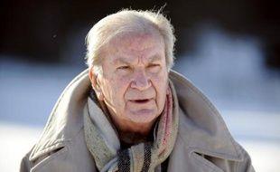 """L'acteur et metteur en scène Pierre Mondy, inénarrable sergent-chef Chaudard dans la """"Septième compagnie"""" ou bonhomme Commissaire Cordier à la télévision, est décédé samedi matin à Paris à l'âge de 87 ans, après trois années de combat contre la maladie."""
