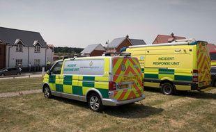 Des ambulances devant le domicile du couple contaminé par l'agent Novitchok, à Amesbury, le 30 juin 2018.