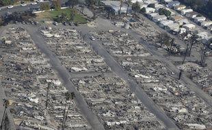 Dans le nord de la Californie, les maisons de Santa Rosa ont été ravagées par les flammes.