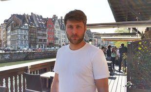 """Tom Dingler lors de la présentation du film """"Le talent de mes amis"""" à Strasbourg."""
