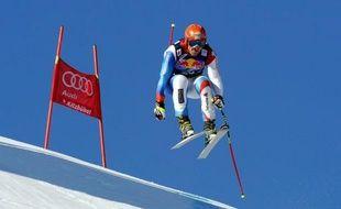 Le Suisse Didier Cuche, quadruple vainqueur au bas de la Streif, a réalisé mercredi sous le soleil, le meilleur temps du second entraînement de la descente de Kitzbühel, programmée samedi et considérée comme la plus prestigieuse de la Coupe du monde de ski alpin