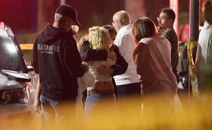 Une fusillade a fait douze morts à Thousand Oaks, en Californie, le 8 novembre 2018. Le suspect, Ian David Long, un ancien Marine de 28 ans, s'est suicidé après l'attaque.