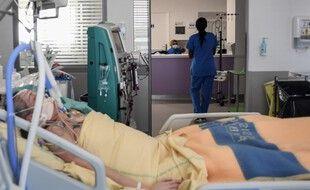 Le service de réanimation de l'hôpital Henri Mondor à Créteil, près de Paris, le 22 juillet 2021.