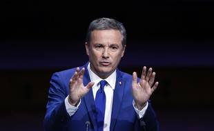 Nicolas Dupont-Aignan, candidat Debout La France, le 22 mars 2017 à Paris.