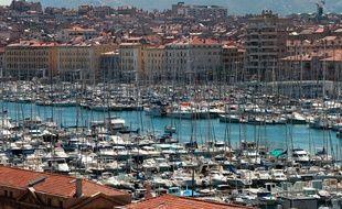 Le vieux port à Marseille. (Illustration)