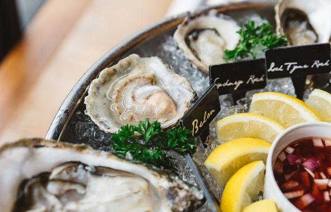 Certains établissements servent les huîtres de Bélon avec une petite sauce piquante, qui se marie à merveille avec leur goût de noisette.
