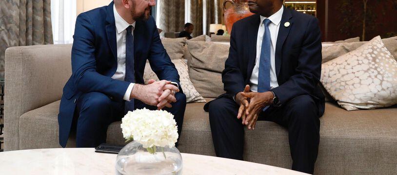 Pierre Buyoya à Addis-Abeba (Ethiopie) le 11 février 2020, face au président du Conseil européen Charles Michel.