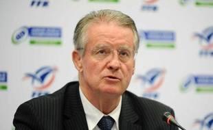 Le président de l'IRB Bernard Lapasset, à Marcoussis, le 9 novembre 2012.