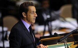De retour de l'Assemblée de l'ONU, le président français Nicolas Sarkozy devait renouer jeudi, dans un discours très attendu, avec la principale préoccupation de ses compatriotes, la crise économique qui s'aggrave avec la débâcle de la finance mondiale.