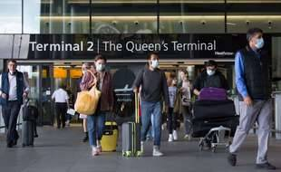 Une sortie de l'aéroport international de Heathrow à l'ouest de Londres, le 30 juillet 2021.
