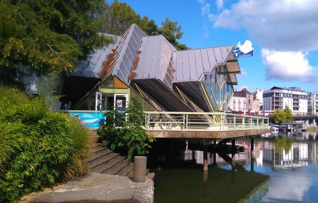La Cocotte en verre, bâtiment emblématique de l'île de Versailles à Nantes.
