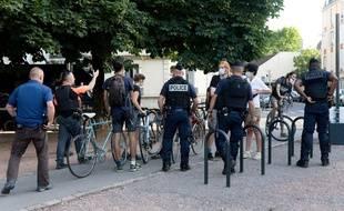 Des policiers à DIjon à l'occasion d'un déplacement du Premier ministre et du ministre de l'Intérieur