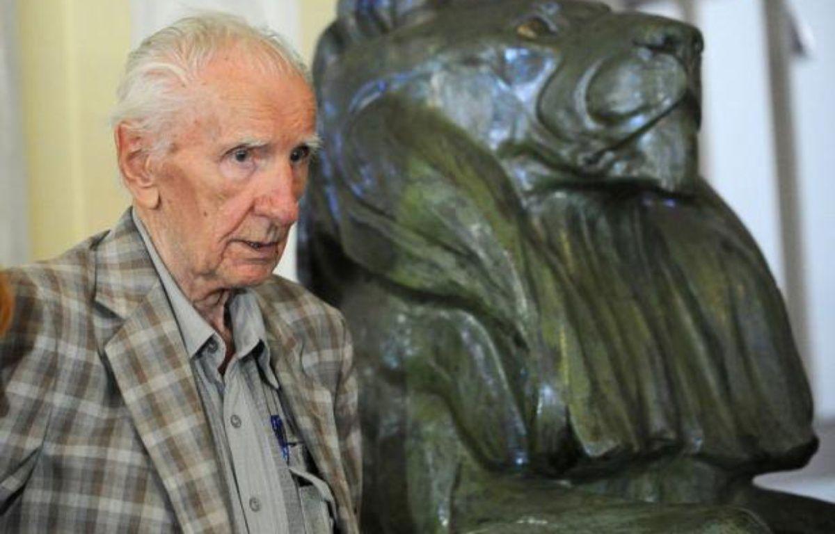 De nouvelles preuves suggérant que le criminel de guerre nazi présumé, le Hongrois Laszlo Csatary, a été condamné à 20 ans de prison à la fin de la Seconde Guerre mondiale en 1945 mais a ensuite pris la fuite, ont été découvertes, a annoncé dimanche un historien. – Attila Kisbenedek afp.com