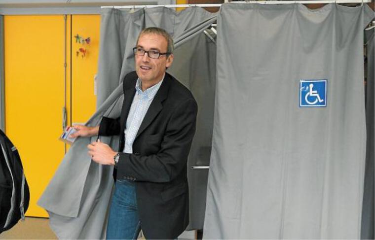 Philippe Bies est devenu, dimanche, le deuxième député socialiste de Strasbourg.