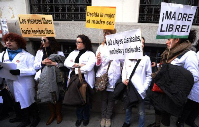 Equateur : La dépénalisation partielle de l'avortement rejetée par le Parlement