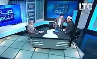 L'imam Mostafa Rashid a été frappé à coups de chaussure sur le plateau de la chaîne égyptienne LTC