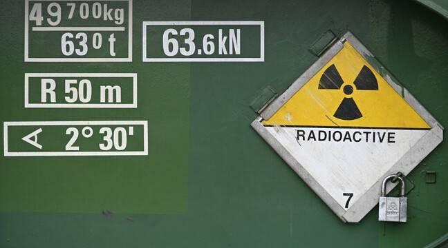 Russie : Arrêt par précaution d'un réacteur nucléaire après une fuite de vapeur