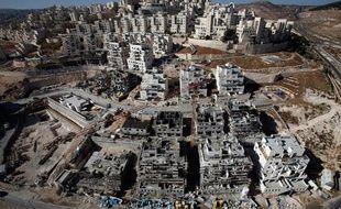 Immeubles en construction dans la colonie israélienne de Har Homa près de Jérusalem, le 8 décembre 2010.