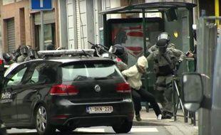 Un suspect interpellé par la police belge.